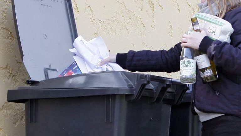 Sortering i din genbrugsbeholder