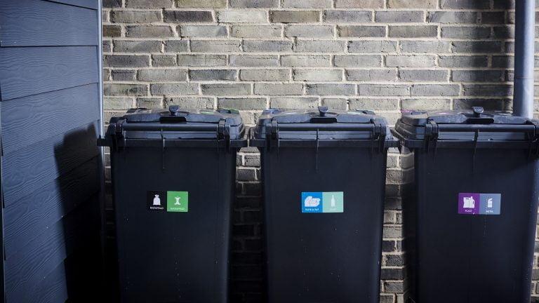 Undgå gener fra affaldet i sommervarmen