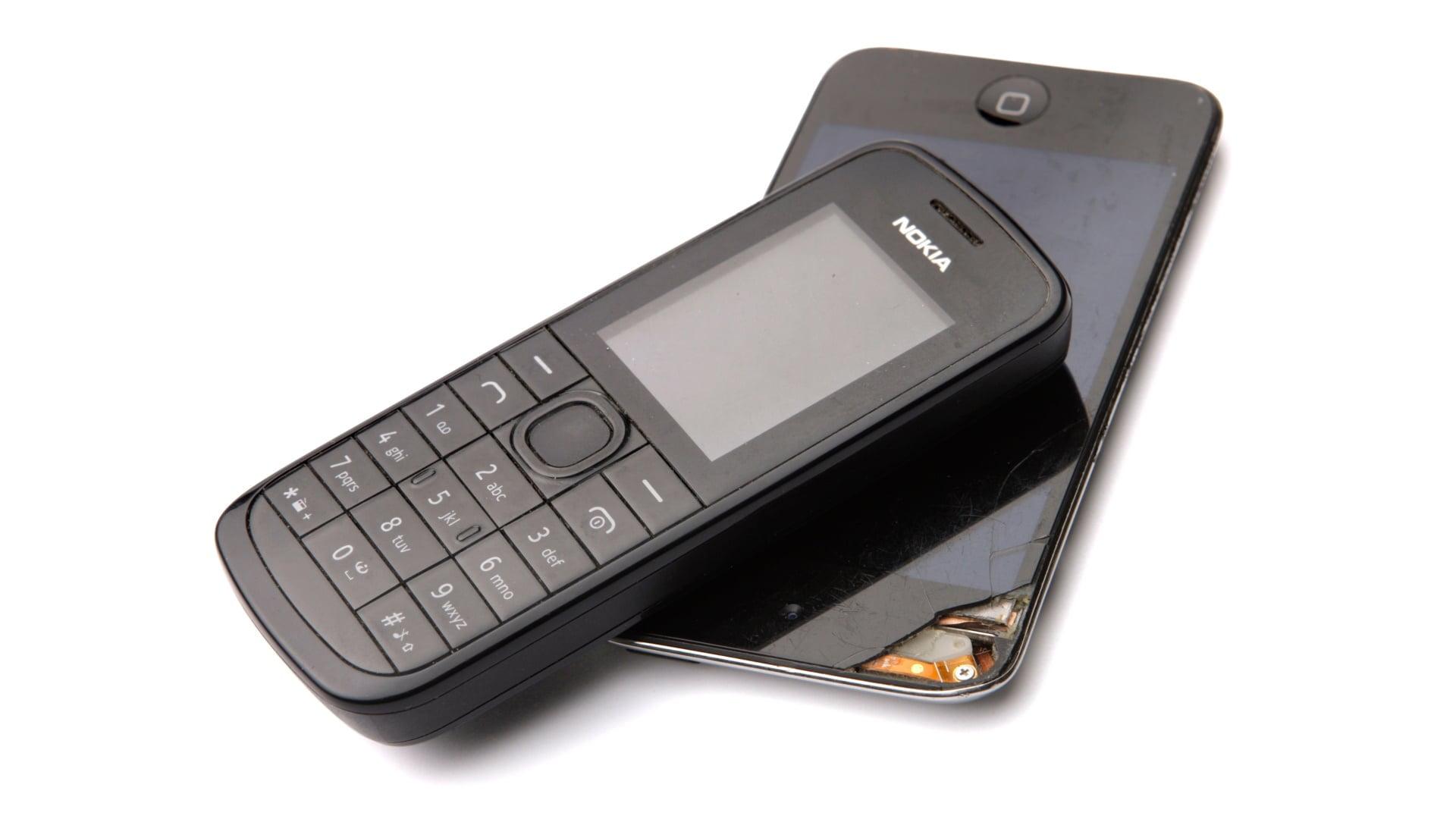 Mobiltelefon og smartphone